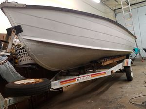 Starcraft Seafarer 14' aluminum V Hull with Johnson 25 HP outboard for Sale in Wilmington, DE