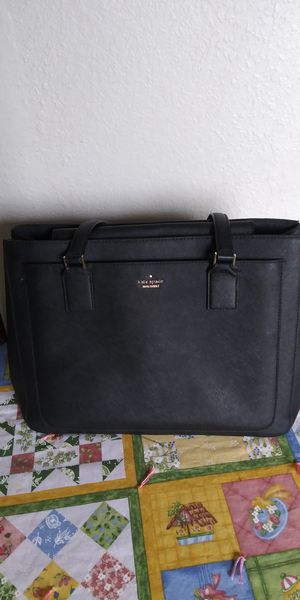 Kate spade women's purse for Sale in Tacoma, WA