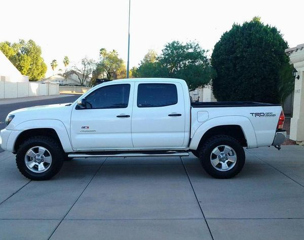 Asking$15OO Toyota Tacoma 2OO6