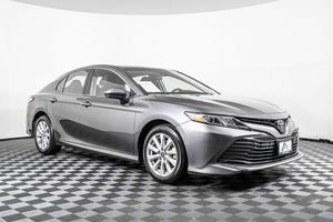 2018 Toyota Camry for Sale in Lynnwood, WA
