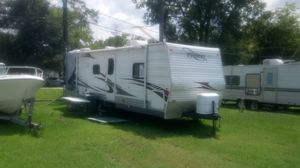 Rv trailer move in ready lot paid for till the end of the month for Sale in Houston, TX