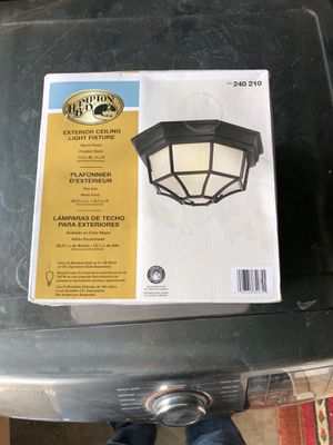Hampton bay exterior light fixture $30 for Sale in Dearborn, MI