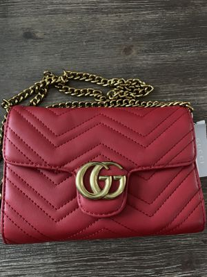 Red purse for Sale in Manassas, VA