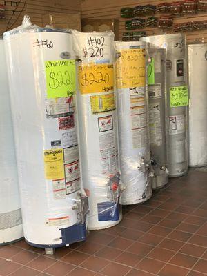 Water heater de 30 40 50 75 y 100 galones 6 meses de garantía for Sale in Los Angeles, CA
