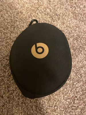 Beat Bluetooth headphones for Sale in Raleigh, NC