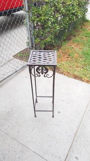 Plant stand for Sale in City of Industry, CA