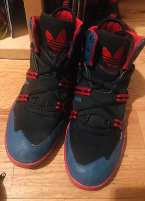 Adidas size 11.5 men's for Sale in The Bronx, NY