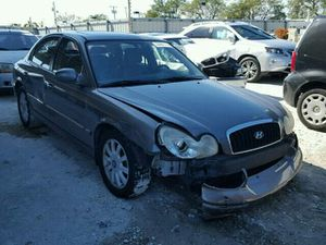 Hyundai sonata for parts 03 04 02 for Sale in Miami, FL