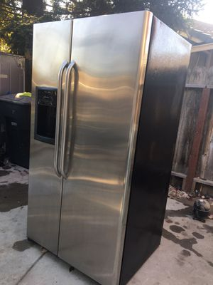 Refrigerador GE for Sale in Riverbank, CA
