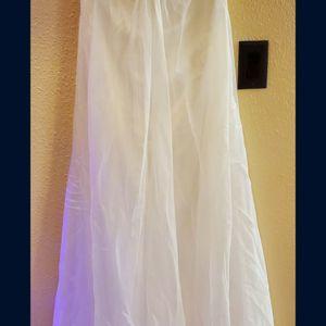 Size 14 Wedding Dress for Sale in Henderson, NV