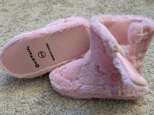 $10 FIRM NEW Girls Shoes SIZE 12-13 Pink Silver Star Boot Slippers Velcro closure ❗️IF POSTED THEN AVAILABLE❗️ for Sale in Bolingbrook, IL