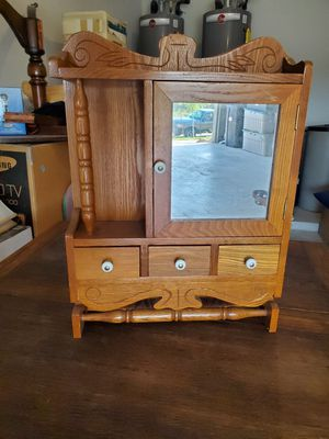 Wall/Medicine Cabinet for Sale in Canyon Lake, TX