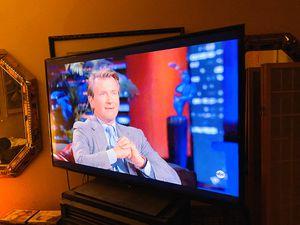40 inch Panasonic TV.. NOT SMART for Sale in Las Vegas, NV