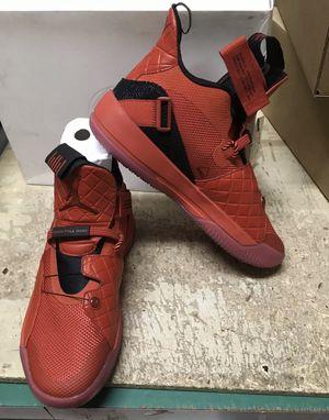 Brand new in box Jordan 33 size 10 for Sale in Tamarac, FL