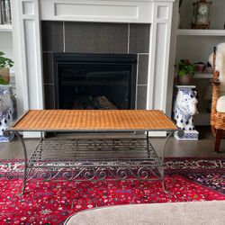 Coffee Table for Sale in Tigard,  OR