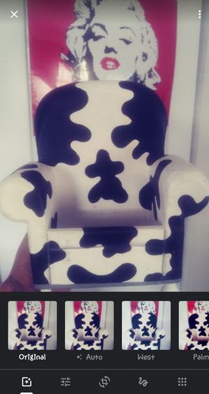 Cow print ceramic mini chair 🐄 for Sale in Kissimmee, FL