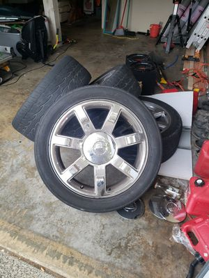 22 inch Escalade rims and tires for Sale in Everett, WA