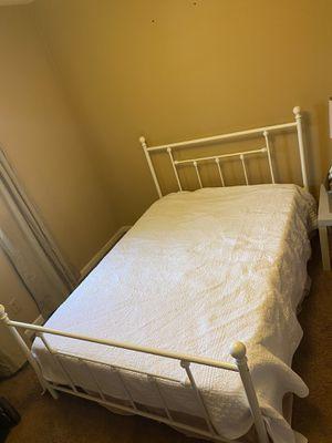 Full platform bed frame for Sale in Mount Vernon, IN