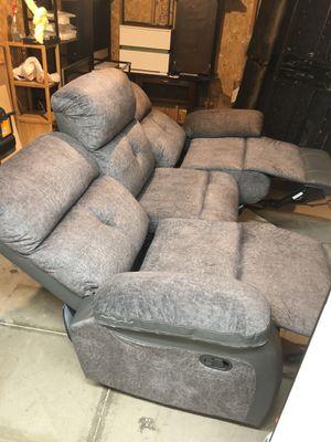 Recliner sofa for Sale in Las Vegas, NV