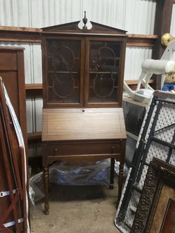 Antique secretary cabinet. for Sale in Kent,  WA