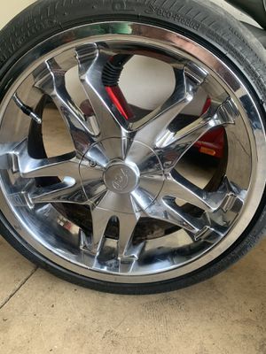18 inch chrome rims for 5 lungs holes need gone for Sale in Ocoee, FL