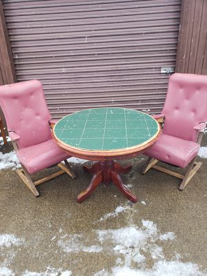 Nice Dining table with rocking chairs for Sale in Euclid, OH