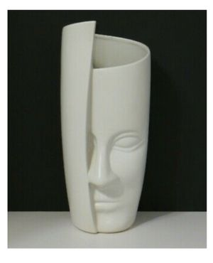 Nordic style modern creative ceramic arrangement crafts face flower vase 12.5 in for Sale in Glendale, CA