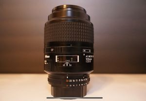 Nikon Telephoto AF Micro Nikkor 105mm f/2.8D Autofocus Lens for Sale in South Miami, FL