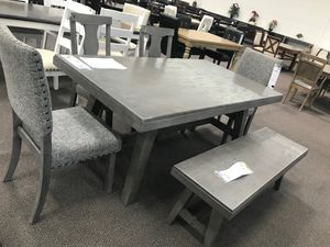 6 Piece Solid Wood Dining Set, Grey Finish for Sale in Fountain Valley, CA