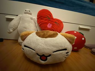 Assorted Plushies Toys Stuffed Animals Japanese for Sale in Lynnwood,  WA