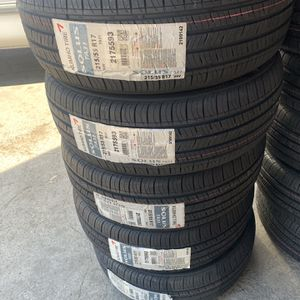 215/55/17 New Kumho Tires for Sale in Lynwood, CA