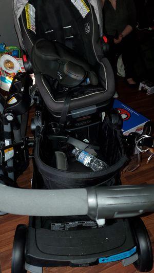 Graco snugfit set for Sale in Dallas, TX
