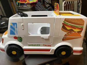6 Volt Grill N' Go Food Truck Ride On Toy, Battery-Powered Kid's Ride On Car for Sale in Dallas, TX
