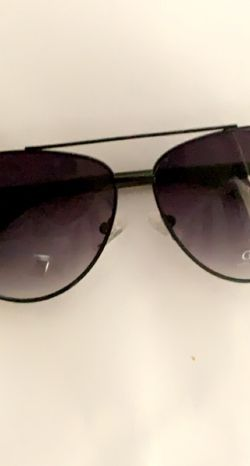 Guess sunglasses for Sale in Phoenix,  AZ