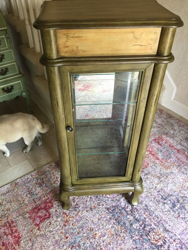Small 3 shelf lighted display cabinet