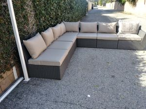 Outdoor patio furniture set for Sale in Beverly Hills, CA