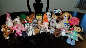 Various toy plushies for Sale in Fontana, CA