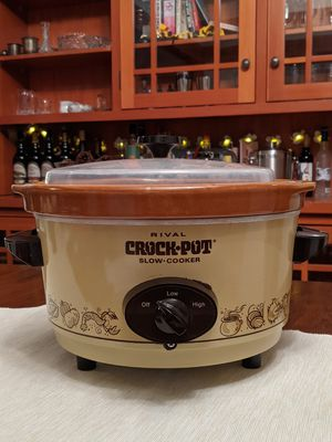 Vintage crock pot for Sale in San Diego, CA