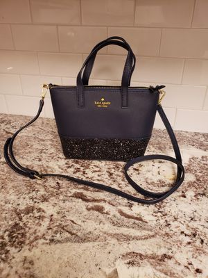 Kate spade crossbody for Sale in Dallas, TX