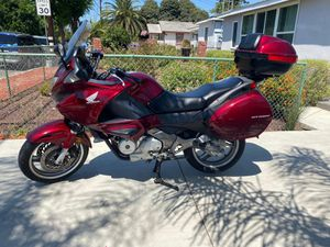 2010 HONDA NT700V ONLY 1 SENIOR OWNER SINCE NEW. PERFECT TOURING BIKE W/ ONLY 9K ORIGINAL MILES. RELIABLE & GAS SAVER 60 MPG! LOTS OF STORAGE SPACE!! for Sale in Los Angeles, CA