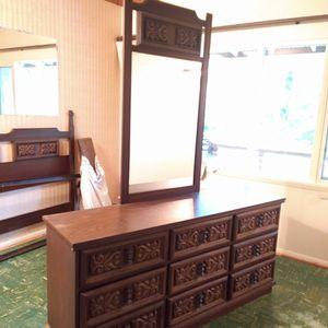 Mid Century Modern Solid Oak 9 Drawer Dresser, Mirror, Queen Head Board, 2 End Tables, Entry Table for Sale in Bellevue, WA