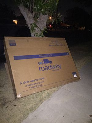Free queen box spring for Sale in Fontana, CA