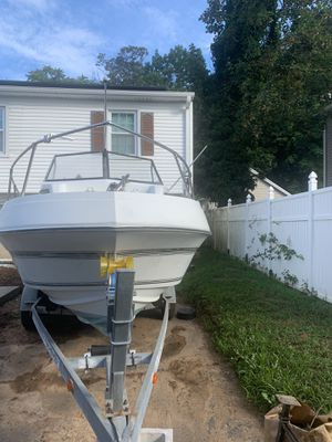 1989 Renken SeaMaster 20' Walkaround Boat! Still using it for fishing, motor runs every weekend for Sale in West Haven, CT