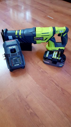~BRUSHLESS RECIPROCATING SAW TOOL SET~ for Sale in Moreno Valley, CA