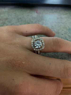 Ring set sterling silver and quartz. Engagement ring and wedding band for Sale in Lafayette, CA