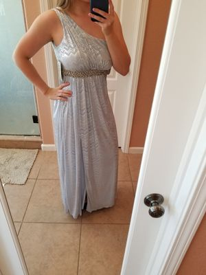 NWT Silver One Shoulder Formal Dress **READ Description** for Sale in Modesto, CA