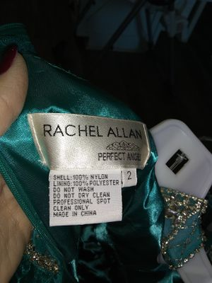 Size 2 Rachel Allen dress. Bought brand new only wore a few hours. Payed $450 asking $300 but price is negotiable.. for Sale in Billingsley, AL