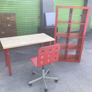Kids Desk And Bookcase Set for Sale in Atlanta, GA