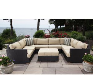 New and fresh outdoor sectional couch 🛋 in 📦 for Sale in Holmdel, NJ