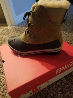 Bear Pawz Boots for Sale in Hesperia, CA